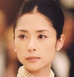 fukatsueri 深津絵里の結婚は?すみれ会と最近のドラマに私服!CMパスコ?